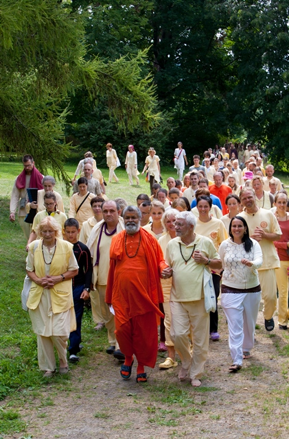 Walk wit Swamiji