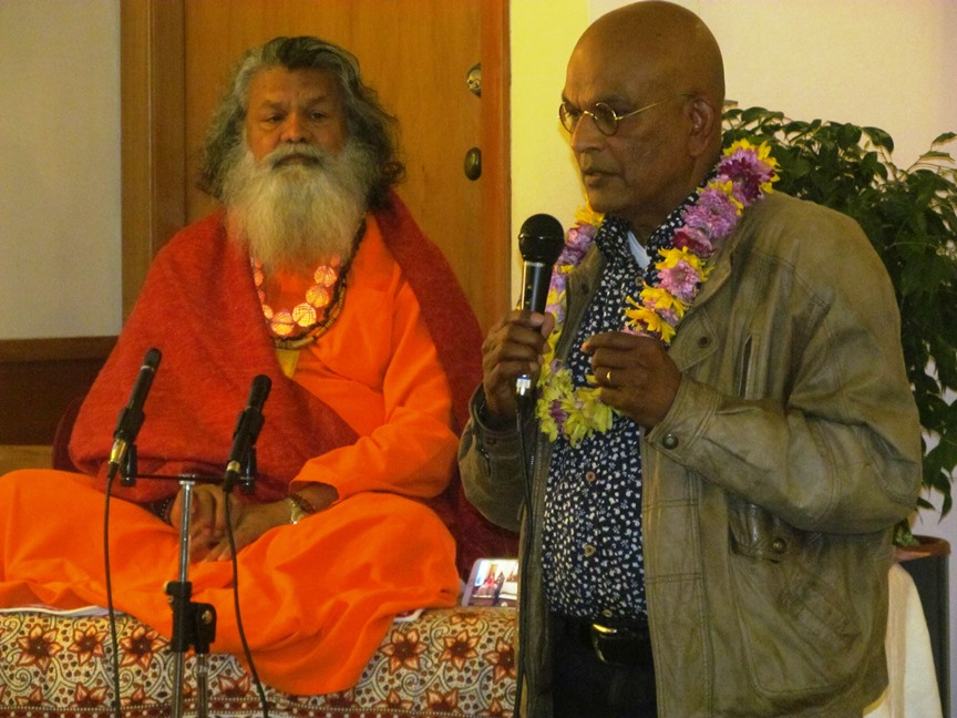 Vishwaguruji continues World Peace Tour in New Zealand and Fiji Islands