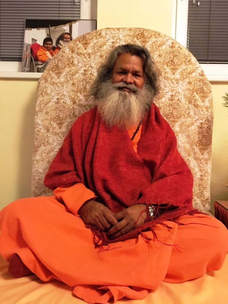 Vishwaguruji Swami Maheshwarananda Vienna Christmas Satsang 2016