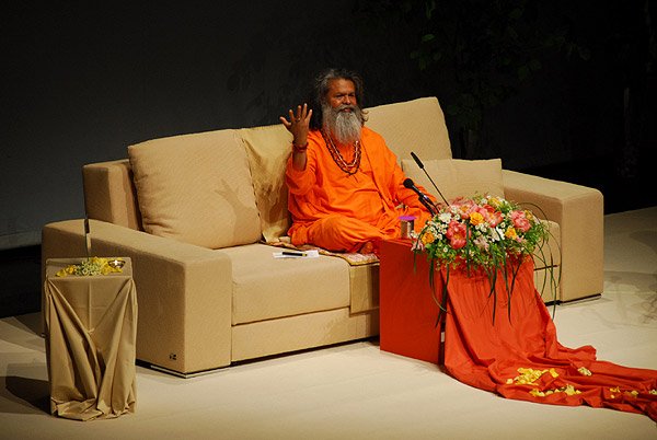 Spiritual Awakening for World Peace - Swamiji's tour marking the 20th anniversary of YDL in Slovenia