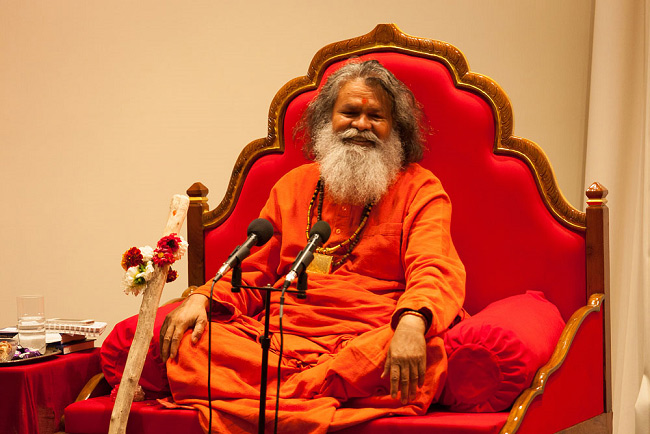 H.H. Paramhans Swami Maheshwarananda in New Zealand